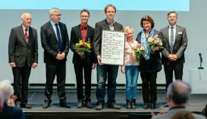 Prof. Wilfried Krätzschmar, Uwe Gaul, Johannes Korndörfer, Dr. Wieland Schwanebeck, Mara Wiegleb, Silke Fraikin, Dr. Manuel Frey (v. l.). Foto: Oliver Killig